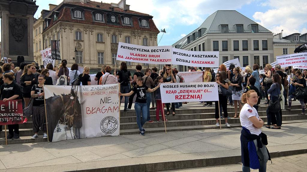 Protest manifestacja plac zamkowy warszawa TARA 2