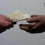 przekazywanie pieniedzy